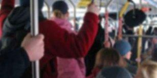 Yargıtay Kararı: Otobüste Dört Çocuğa Yönelik 'Bacak Okşama' Cinsel Saldırı Sayılmadı