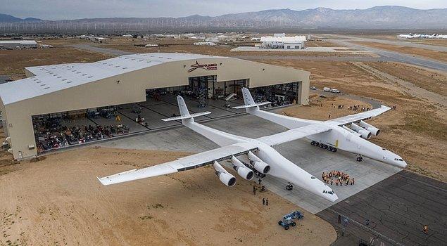 Karşınızda, dünyanın en büyük hava aracı Stratolaunch!