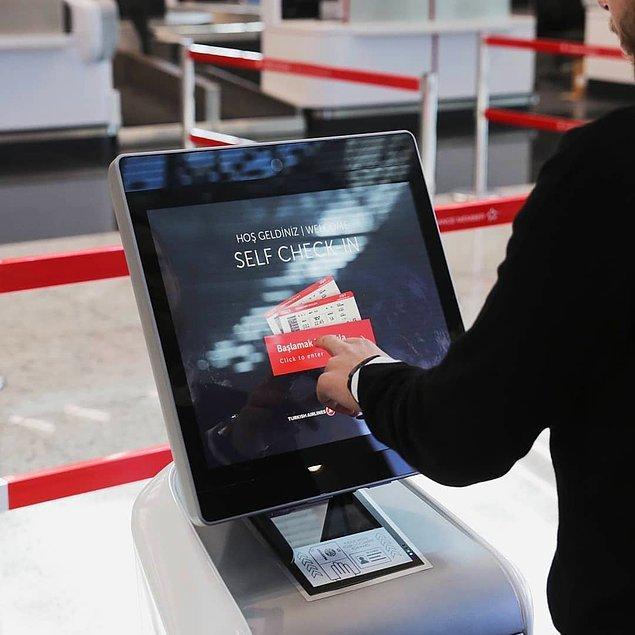 7. Havalimanında bulunan self check-in kioskları ile biletleme işlemlerinizi kendiniz yaparak zaman kazanabilirsiniz.