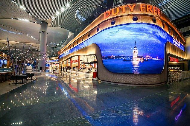 9. Şimdi sıra en sevdiğiniz şeyde: Duty Free! Uçuşunuz öncesi U-Order'dan online sipariş verip, havalimanındaki Unifree Duty Free mağazalarından teslim alabilirsiniz!