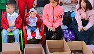 İlginç Bayram Geleneği: Bu Köyde Çocuklar Sıralanıyor, Vatandaşlar Tek Tek Gezerek Şeker Dağıtıyor