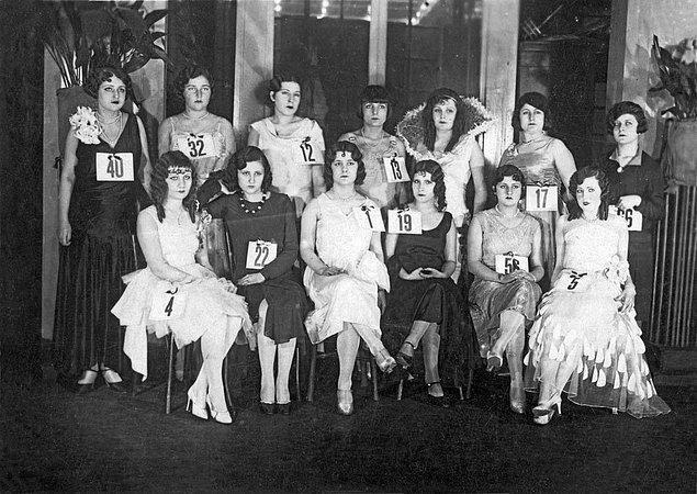 7. Türkiye güzellik yarışması finalistleri, İstanbul, 1930.