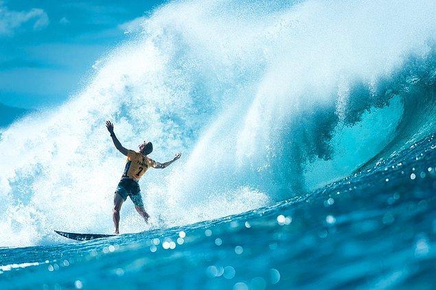 Corey Wilson imzalı bu fotoğrafta adeta sörfçüyü kıskanıyorsunuz!