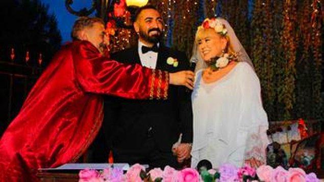 Neşeli hâlleriyle dikkat çeken Özer, düğün sonrası büyük bir şokla sarsıldı desek yeridir!