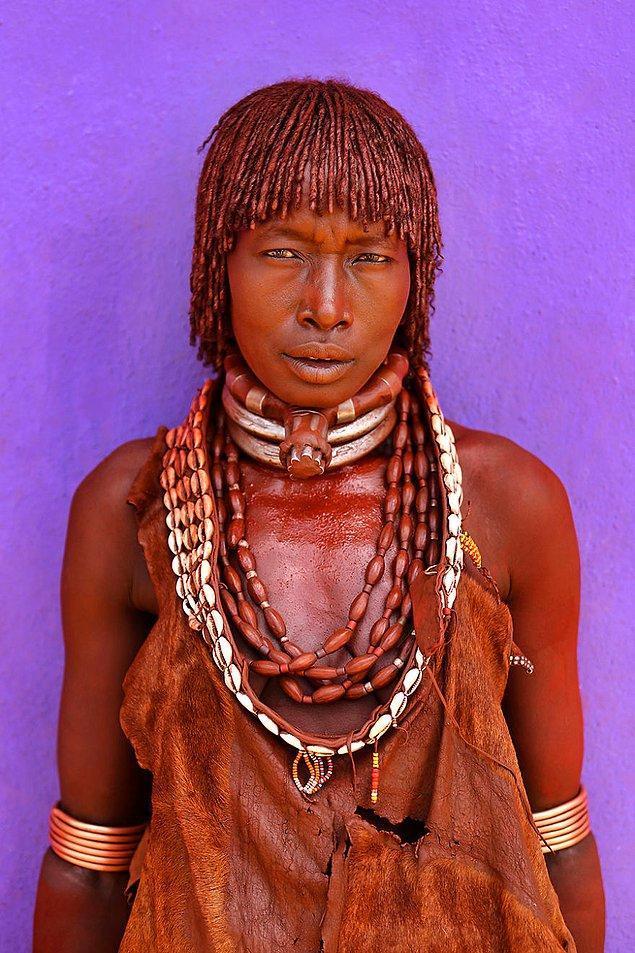 Hamar kabilesinden bir kadın; Turmi, Debub Omo, Güney Ulusları ve Halkları Bölgesi/Etiyopya