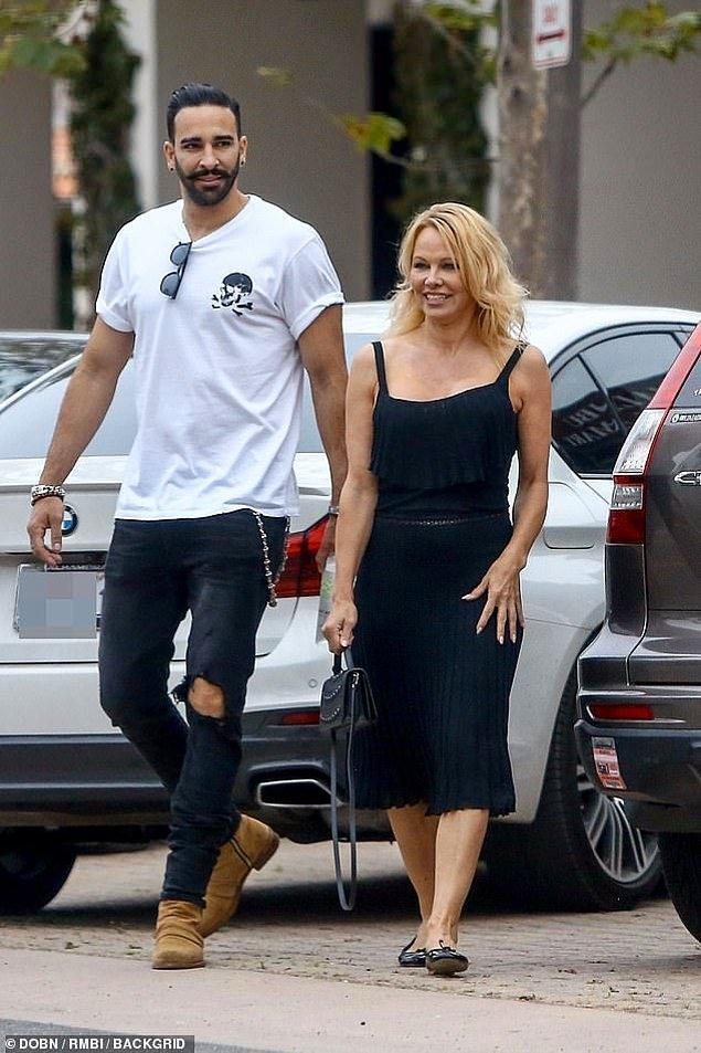 Artık her şey bitmişti: Pamela ve sevgilisi birlikte en son 9 Haziran'da Malibu'da dolaşırken görüntülendi.