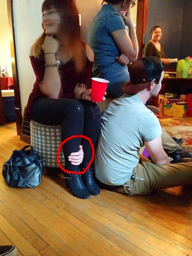 17. Öyle görünmese de, bu kol birisine ait.