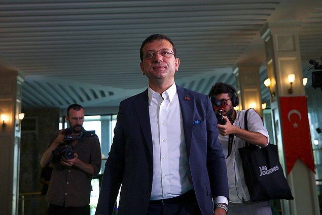 Gazetecilere açıklamalarda bulunan İmamoğlu, yapacak çok işleri olduğunu ve yoğun bir mesai sürecine başladıklarını söyledi.