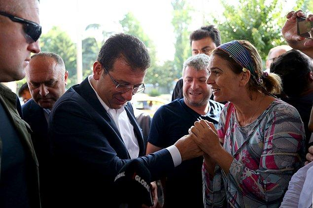 Duruma şaşıran İmamoğlu, vatandaşların temiz ve şeffaf bir yönetim isteğinin yerine geleceğini ifade etti.