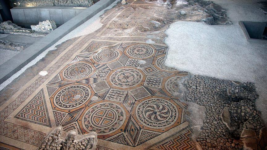 Dünyanın En Büyük Tek Parça Taban Mozaiği Hatay'da Görücüye Çıkıyor - onedio.com