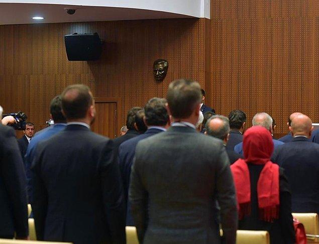 İYİ Partili meclis üyeleri karara olumlu oy kullanırken CHP, AKP ve MHP'li üyeler olumsuz yönde oy verdi.