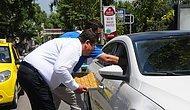 Trafikte Hamile Kadına Saldırıya Tepki: Bursalı Baklavacı, Trafikte Sürücülere ve Yayalara Baklava İkram Etti