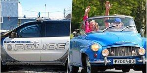 Kibarlığın Böylesi! Birbirlerine Selam Vermek İsterken Kazaya Neden Olan Kanadalı Sürücüler Polisi Harekete Geçirdi