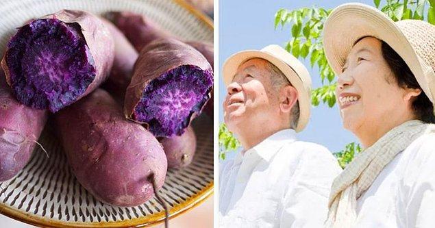 Diğer Japonların aksine, Okinawa'da yaşayanlar çok az pirinç tüketir. Bunun yerine, ana kalori kaynakları tatlı patatestir.