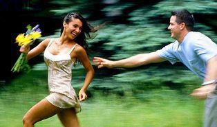 İlişkilerinde Kaçan mısın Yoksa Kovalayan mı?
