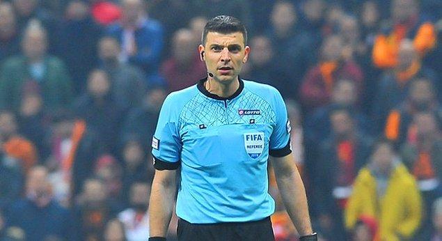 Konyaspor - Antalyaspor maçının hakemi olan Ümit Öztürk, 10 Şubat 2019'da yönettiği Galatasaray - Trabzonspor maçından sonra ilk kez Süper Lig'de orta hakem olarak maç aldı.