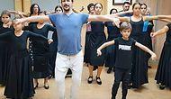 İspanya'da Erik Dalı Rüzgarı! Türkü Eşliğinde Muhteşem Bir Koreografi Sergileyen Flamenko Ekibi