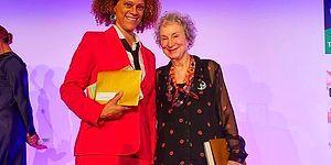 Adaylar Arasında Elif Şafak'ın da Yer Aldığı 2019 Booker Ödülü'nün Sahipleri Margaret Atwood ve Bernardine Evaristo Oldu