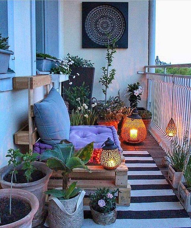 1. Çiçeklerin arasında huzur verici bir yer yaratabilirsiniz.