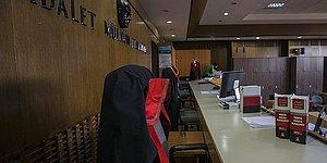 Avukat Duruşmada Ayağa Kalkmayınca Kriz Oldu: Alt Mahkeme Üst Mahkemeden Şikayetçi