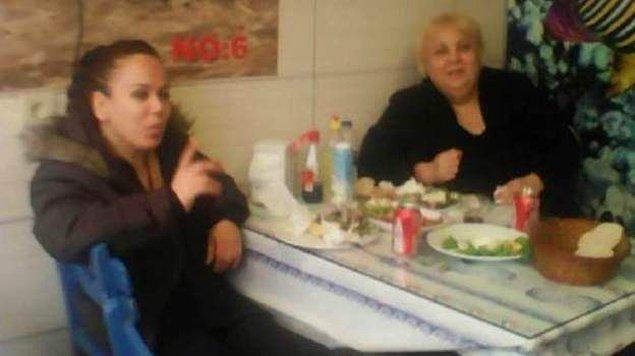 48 yaşındaki Cüneyt, 54 yaşındaki Oya, 56 yaşındaki Yaşar ve 60 yaşındaki Kamuran Yetişkin kardeşler hiç evlenmedi.