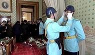 Saat 9'u 5 Geçe Dolmabahçe'de Gözyaşları Sel Oldu: Atatürk'ü Anma ve Saygı Töreninde Bulunan Polisler Ağladı