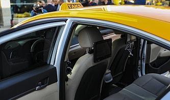 Mansur Yavaş'ın Seçim Vaadi Olan 'Akıllı Taksi' Tanıtıldı: 'İnsanlar Artık Araca Bindiği Zaman Kaç Lira Ödeyeceğini Bilecek'