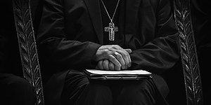 İlk Kez Kamuoyuna Açıklandı: Kanada'da 36 Papaz, 29 Çocuğa Cinsel Tacizde Bulunmuş