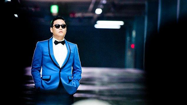 7. PSY – Gangnam Style (3.44 Milyar)