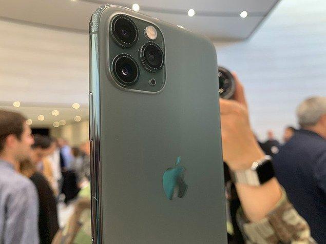 iPhone 11'in tüm dünyayı sallayan yeni telefonlarının ardından, iPhone 12 Pro ve iPhone 12 Pro Max ile ilgili yepyeni detaylar ortaya çıktı.
