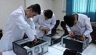 Hatay'da Meslek Lisesi Öğrencileri, Köy Köy Gezerek Bilgisayarları Tamir Ediyor