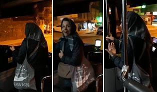 Bir Kadın Dayanamadı ve Şoförün Yanına Gitti: Her Binen Kişiye Tatlı Ses Tonuyla 'İyi Akşamlar' Diyen Şoför