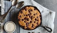 Döküm Tavaları Hazırlayın! Tatlı mı Tatlı Bir Tarif Geliyor! Muzlu ve Damla Çikolatalı Tava Keki Nasıl Yapılır?