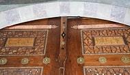 Süleymaniye Camii'nde Restorasyonda Kapıdaki Ayetler Ters Konulmuş: 'Müdahale Etmeme Kararı Aldık'