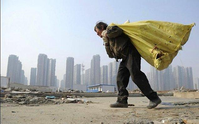 """""""Aşırı servet, işlemeyen bir ekonomik sistemin emaresidir"""""""