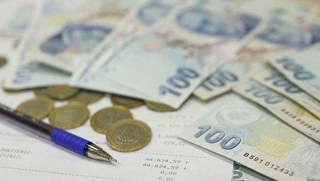 Yeni yılda brüt 2 bin 943 lira olacak asgari ücretten; 412 lira 2 kuruş SGK primi, bekar çocuksuz bir işçi için 154 lira 51 kuruş gelir vergisi, 22 lira 34 kuruş damga vergisi ve 29 lira 43 kuruş işsizlik sigortası işçi payı kesintileri yapılacak.