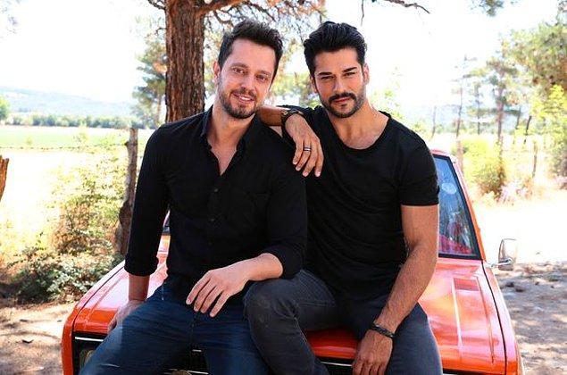 6. Kardeşim Benim filmiyle birlikte çok sıkı dost olmuşlardı. Ancak Burak Özçivit, Murat Boz'un Kardeşim Benim 2 filmine yeterli desteği vermediği için onu her yerden silmişti.