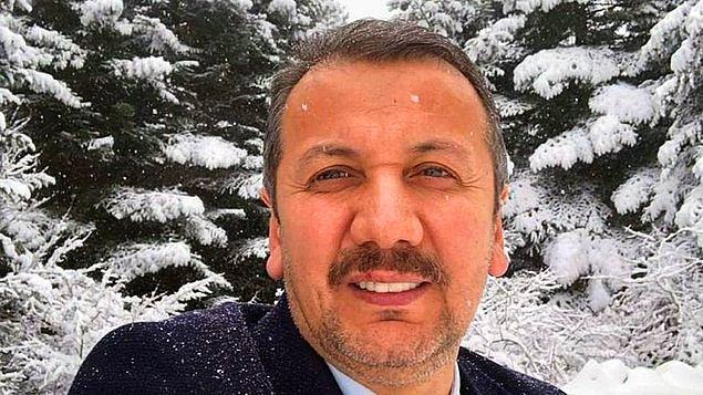 """4. Ordu'nun Korgan ilçesinin AKP'li Belediye Başkanı Tuncay Kiraz, geçtiğimiz günlerde yaşamını kaybeden Rahşan Ecevit'in bir fotoğrafının altına """"Ateşi bol olsun inşallah"""" diye yazdı. Tepkiler üzerine açıklama yapan Kiraz yorumu başka birinin yaptığını söyledi."""