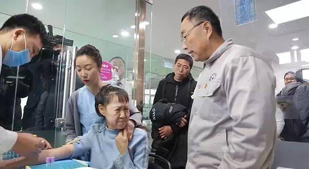 Çin'de yaşayan 15 yaşındaki Xiao Feng, 8 milyonda bir görülen görülen 'progeria' isimli bir genetik rahatsızlığa sahip.