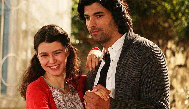 Kader, Kara Yılan ve Bir Bulut olsam gibi yapımlarda da rol alan Akyürek, 2010 yılında Fatmagül'ün Suçu Ne? dizisinde Türkiye'nin Yıldızları'nda yan yana olduğu Beren Saat ile başrolü paylaşmıştı. Tabii yine oyunculuğuyla büyük beğeni toplamıştı.