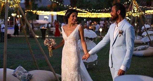 2018 yılında ise muhteşem bir düğünle dünya evine girdiler. Olympos Adrasan Koyu'nda festival tadında bir düğün yaparak birbirlerine 'evet' dediler.