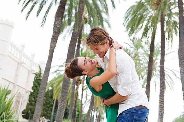 4. Aşk hayatında ihtiyaç duydukları şey kaliteli zaman geçirmektir.