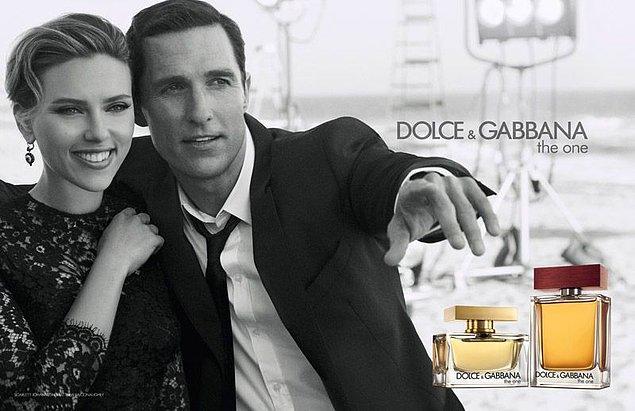 25. Dolce&Gabbana-The One: Yüksek fiyatına rağmen en çok tercih edilen parfümlerden biri olmayı başarmıştır.