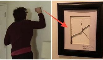 Muz da Neymiş! Erkekler Tuvaletinin Duvarını Kıran Müşterinin Verdiği Zararı Sanat Eserine Dönüştürüp Viral Olan İşletme