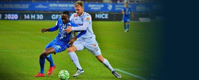 Fransa 2. Lig'inde Le Havre, deplasmanda Grenoble ile 1-1 berabere kalırken Umut Meraş ve Ertuğrul Ersoy 90 dakika görev yaptılar.