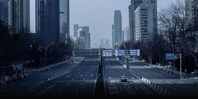 Kısa filmde, virüs salgını sonrası 14 milyon insanın yaşadığı şehrin nasıl bir hayalet şehre dönüştüğü tüm çıplaklığı ile görülüyor.