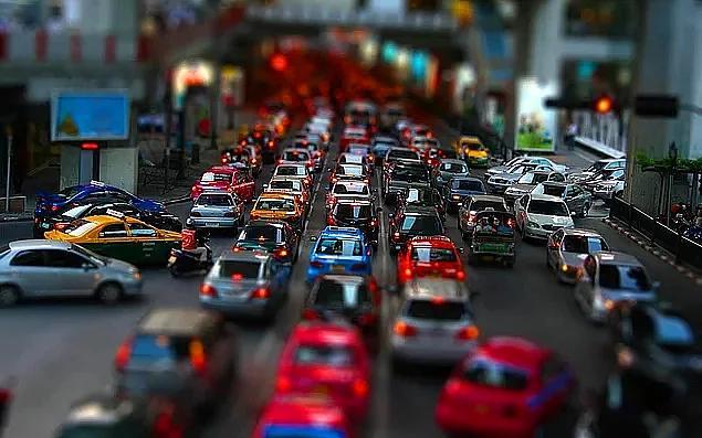 Sosyal Medyanın Gündeminde: Benzinin Litre Fiyatına 16 Kuruş Zam Yapıldı - Onedio