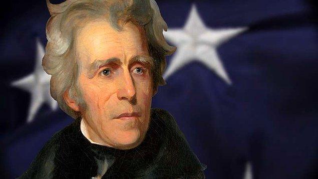 13. ABD başkanı Andrew Jackson'ın evcil bir papağanı vardı. Jackson kaba bir adamdı ve papağanı ondan pek çok küfür öğrenmişti. Jackson'ın cenazesinde küfür etmeyi bırakmadığı için papağan cenazeden çıkarılmak zorunda kalmıştı.