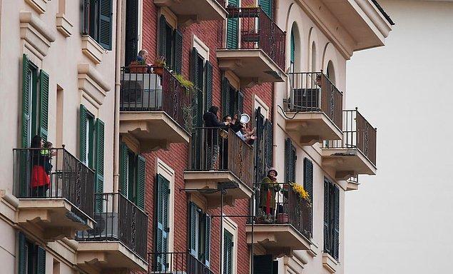 Çin dışında en fazla virüs kaynaklı ölüm İtalya'da görülüyor. İnsanlar acil durumlar dışında evlerinden çıkamıyor.