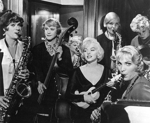 64. Some Like It Hot (1959)